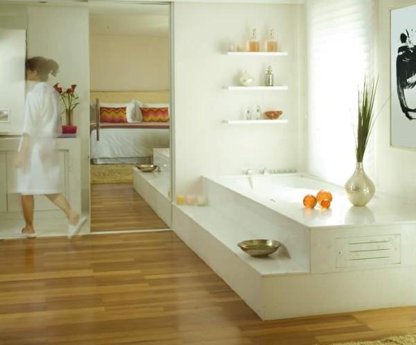 banheira-com-piso-de-madeira