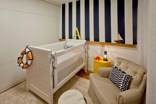 quarto de bebe parede listrada