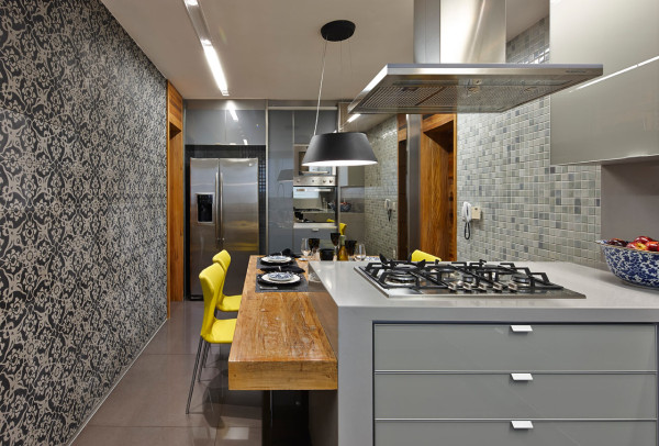 Apartment-LA-David-Guerra-11-kitchen-600x406
