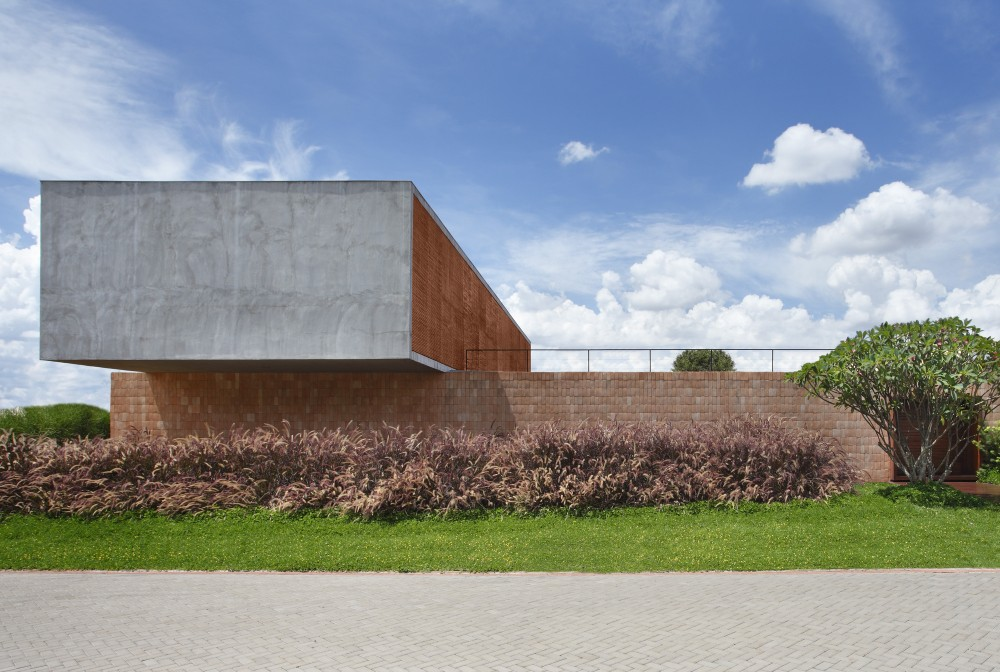 bt-house-studio-guilherme-torres__mg_0122-3-1000x672