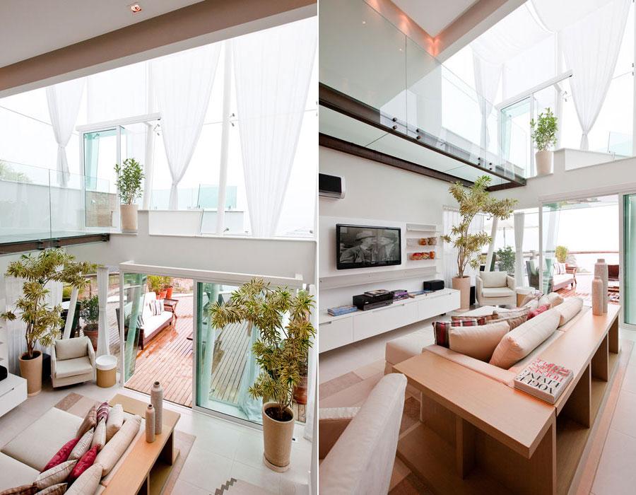 mezanino com piso de vidro