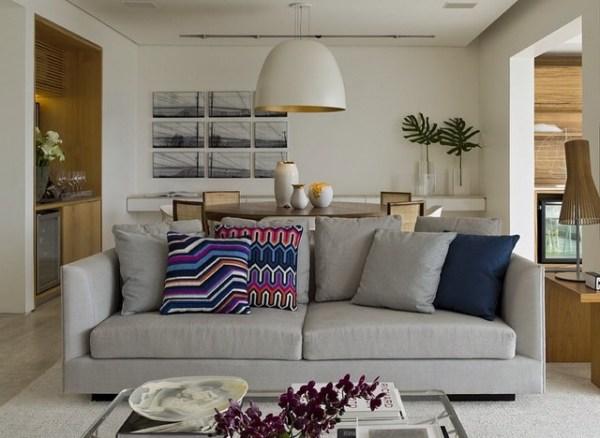 sofa-cinza-almofadas