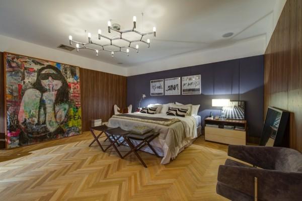 decor quarto casal com madeira
