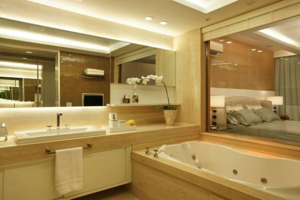 banheiro travetino espelho fita de led
