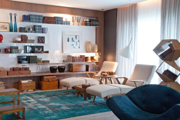 sala de estar com chaise