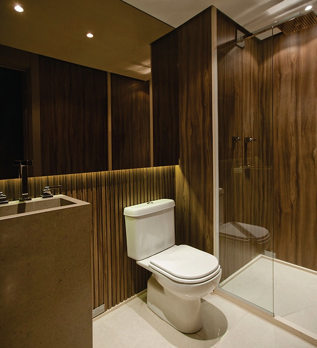 premio deca banheiro Francisco Calio espelho bronze