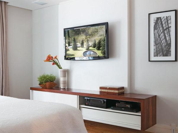 painel com movel de tv suspenso ideias para a frente da cama blog assim eu gosto