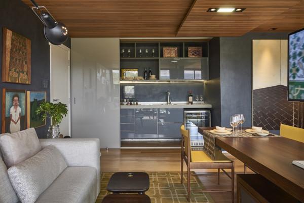 projeto copa com adega na sala apartamentos pequenos