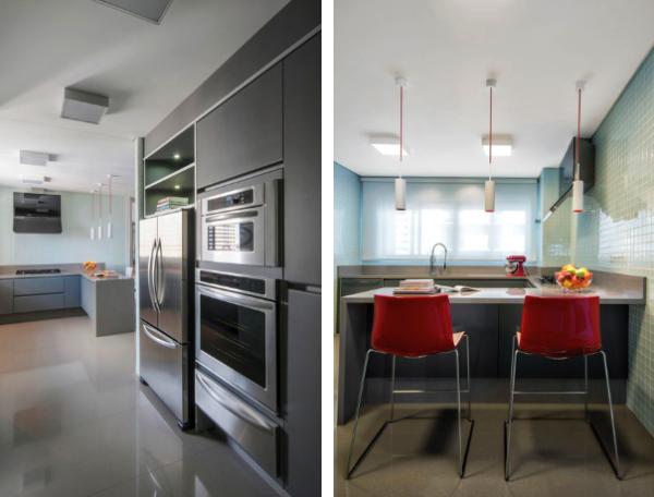 cozinha cinza e vermelho parede pastilha de vidro