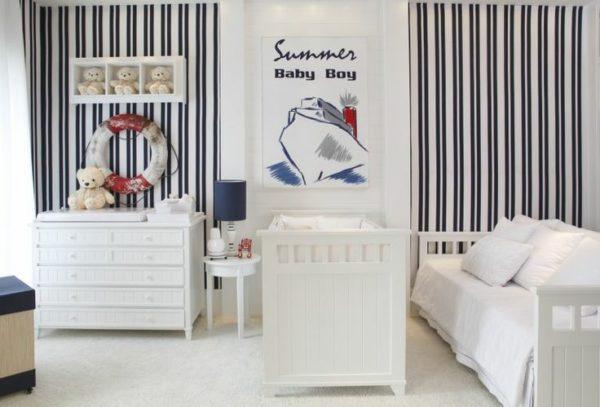 decor quarto bebe parede listrada azul e branco