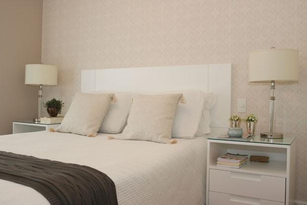 como decorar quartos de casal pequenos