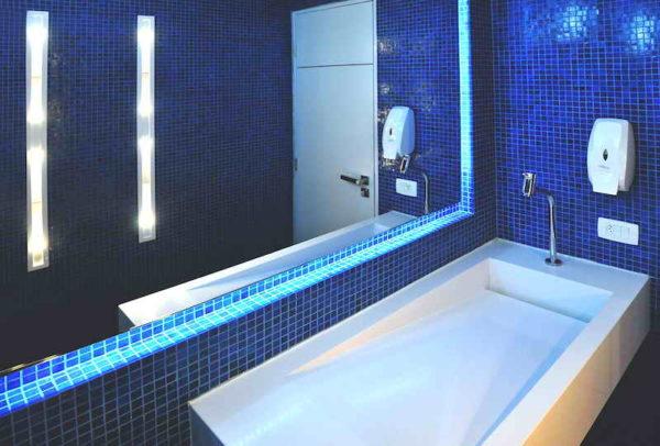 banheiro consultorio clinica pia esculpida torneira lateral