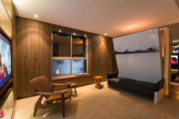 apartamento multifuncional com 27 m e cama dobravel sobre o sofa