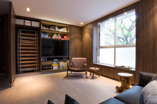 apartamento pequeno com espaco para cama de hospedes escondida