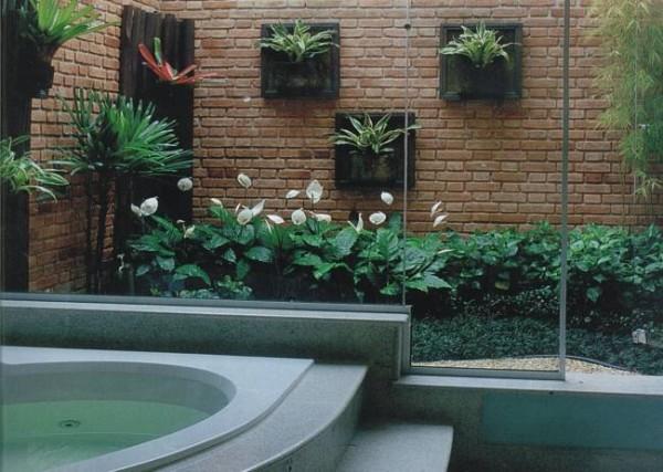 banheiro casa jardim interno inverno varanda tijolinho