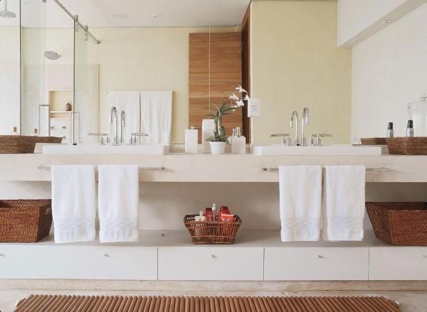 banheiro casal bancada solta puxador espelho grande