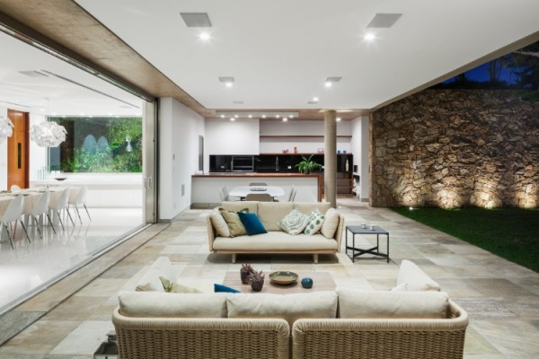projeto de casa porta de corer varanda integrada
