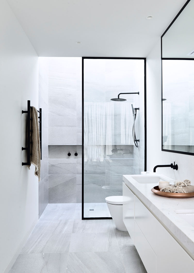 Banheiros Com Piso E Parede Iguais Assim Eu Gosto