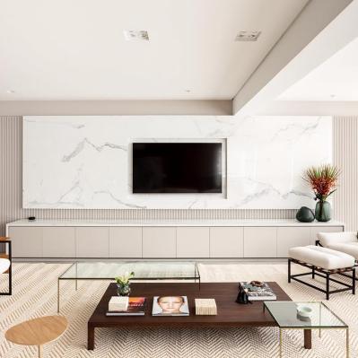 Móvel de tv com mármore branco